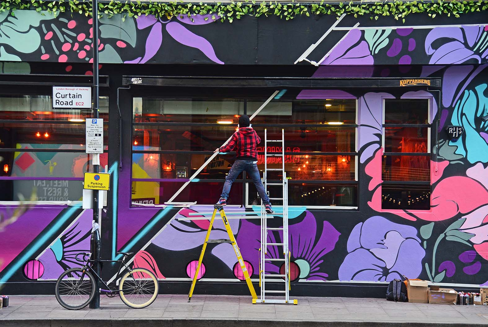 Nerone,street-art-queen-o-hoxton-london 12