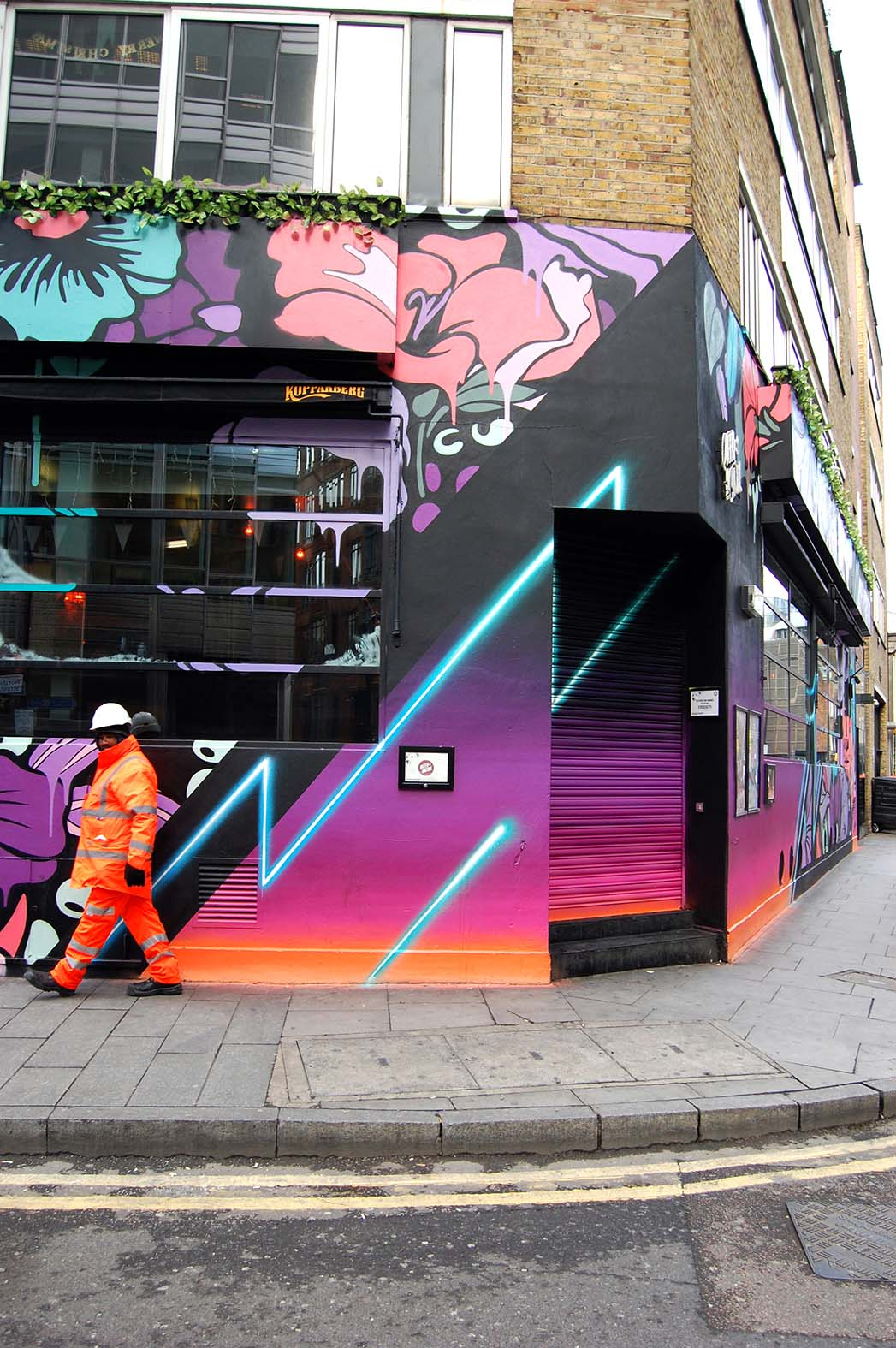 Nerone,street-art-queen-o-hoxton-london 20