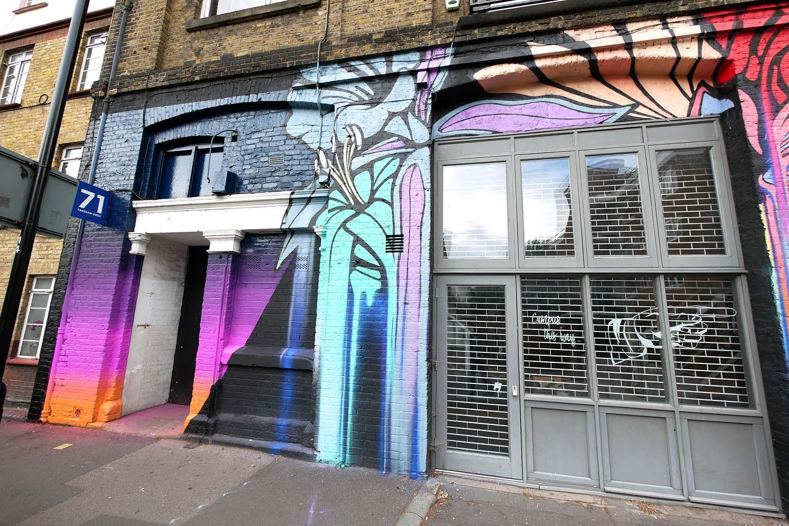 nerone-global-street-art-london-flowers-4